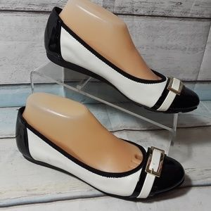 Anne Klein White Black Flat Slip On Shoe Size 8 M